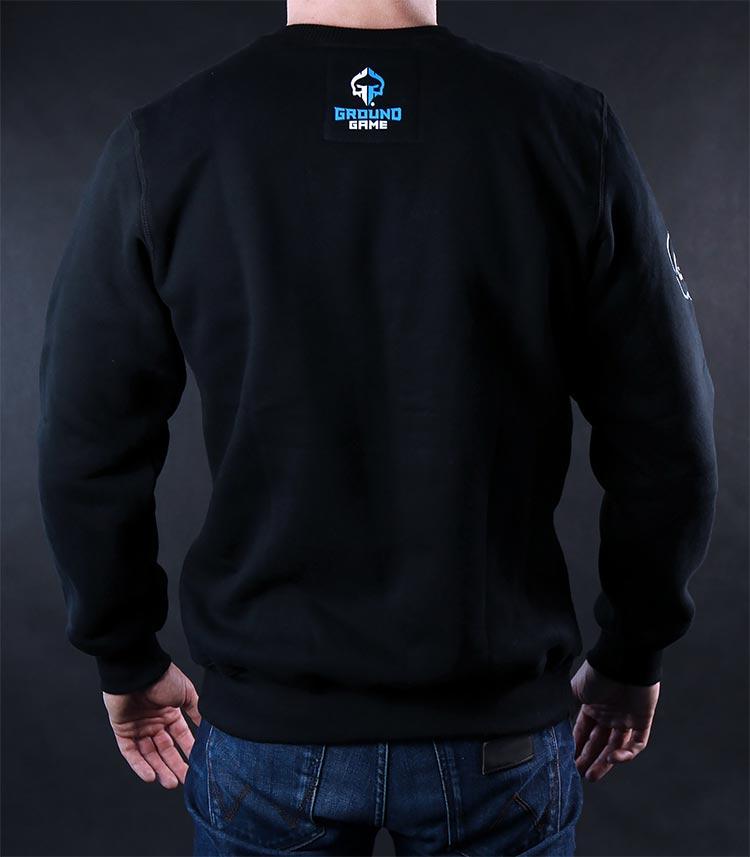 "Sweatshirt ""Kicking Ass"""