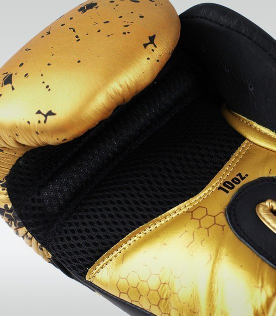 "Boxing Gloves ""Cage Gold"" 10 oz"